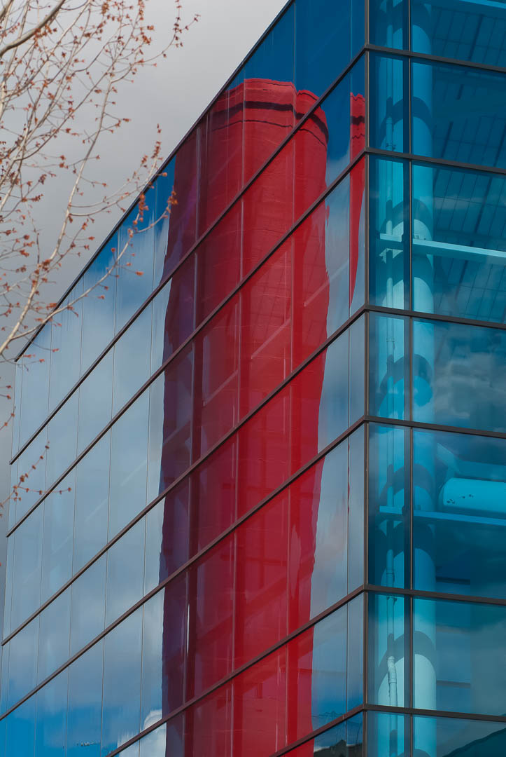 Red and Blue Looking Glass
